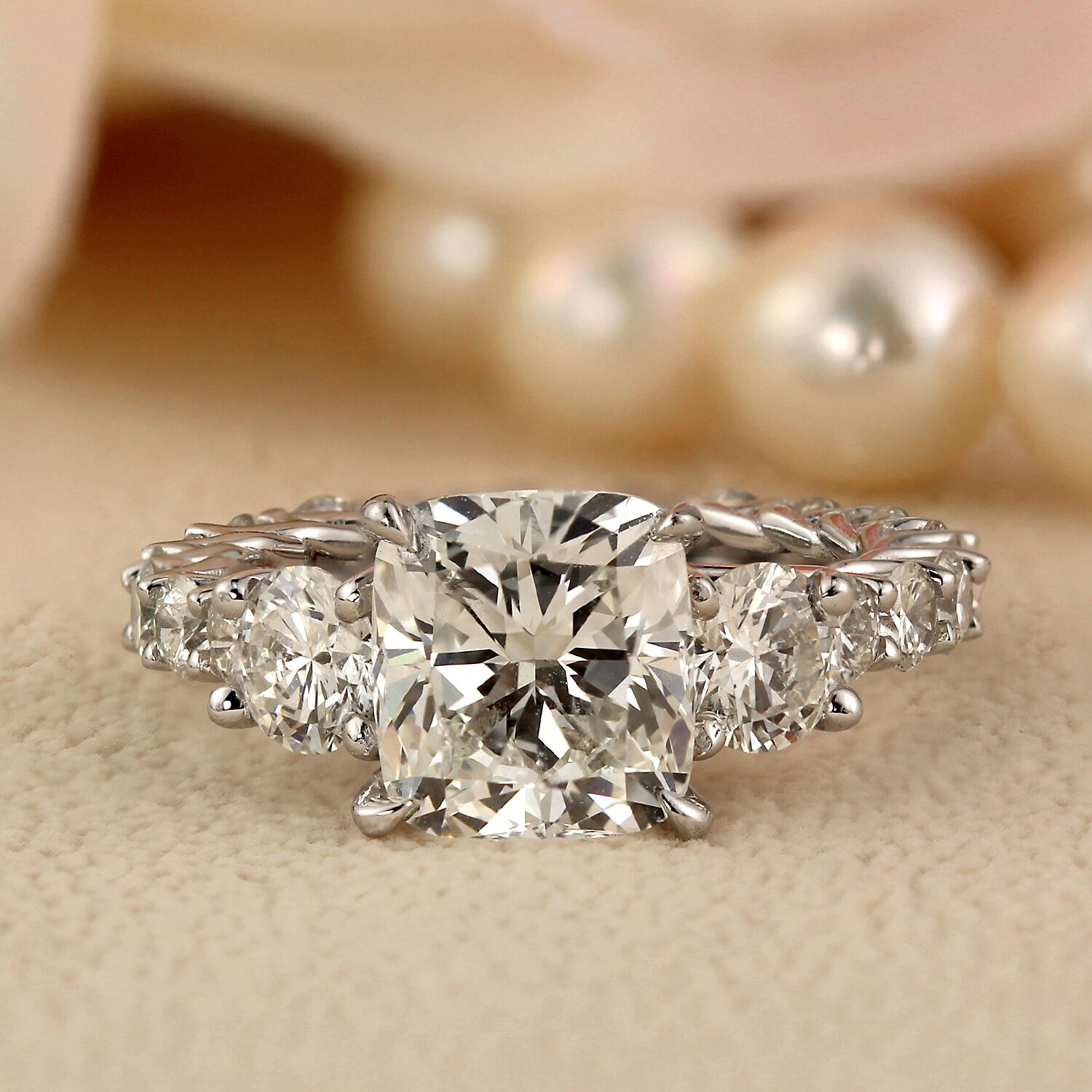 Buying a Cushion Cut Diamond? Top Tips You Must Know