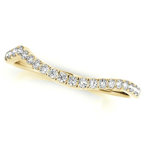 ALEXIA Modern Diamond Wedding Ring in 14K Yellow Gold