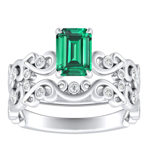 DAISY  Green  Emerald  Wedding  Ring  Set  In  14K  White  Gold  With  0.50  Carat  Emerald  Stone