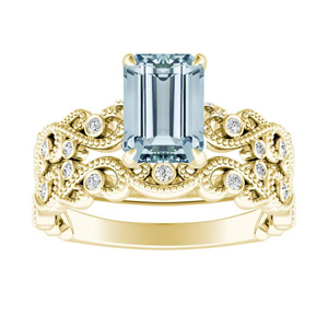 LILA  Aquamarine  Wedding  Ring  Set  In  14K  Yellow  Gold  With  1.00  Carat  Emerald  Stone